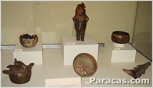 Ceramica de la Cultura Paracas Cavernas