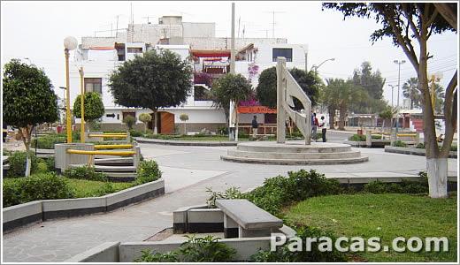 Plaza de Paracas Ica Peru